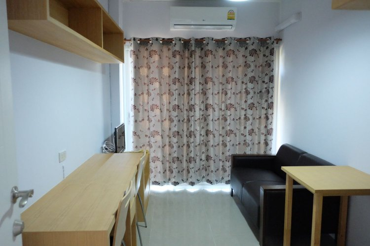 D ROOM Apartment for Rent